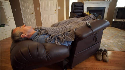 Sleeping in a Recliner vs. Bed & Best Recliners for Sleeping: Top 5 Chairs for a Good Nightu0027s Sleep! islam-shia.org