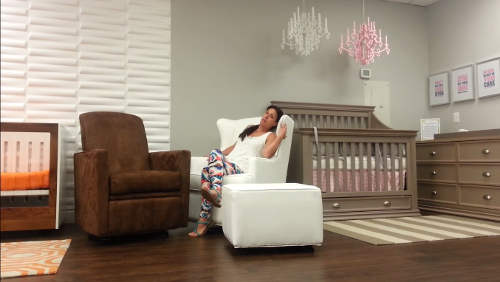 Reviewing Recliners For Your Nursery Room